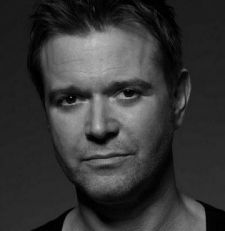 Darren Day To Lead Cast Of Arts Theatre's The Golden Voice