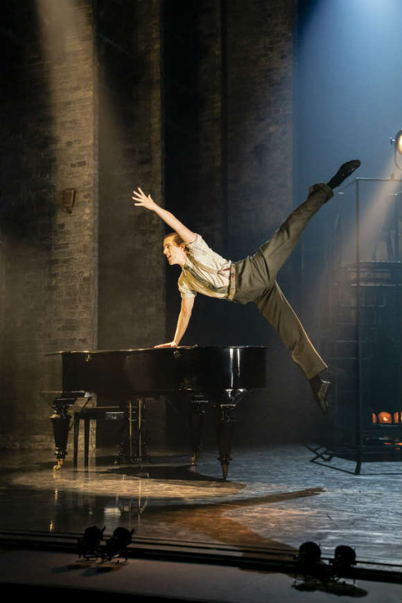 Matthew Bourne's The Red Shoes